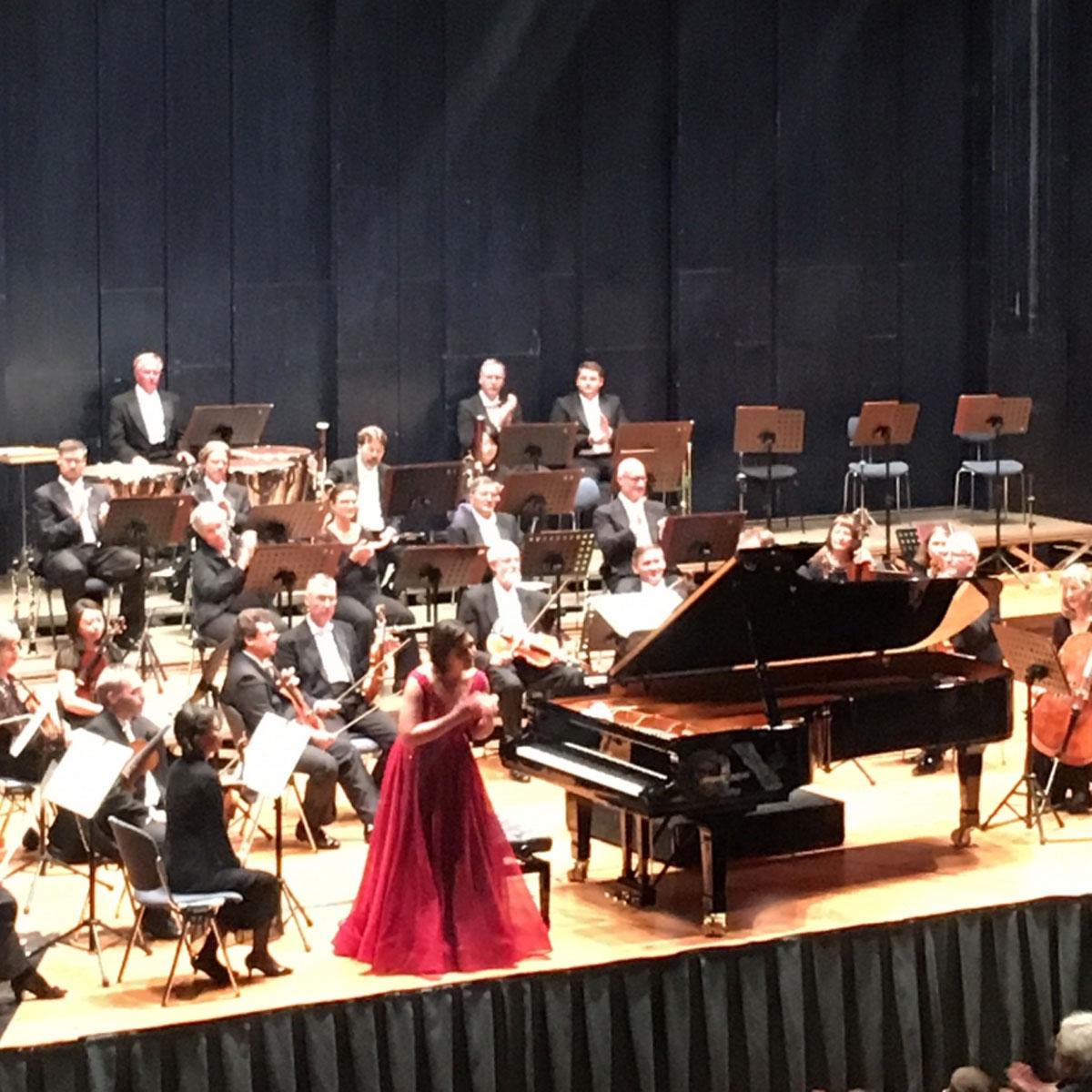 Gefeiertes Schumann Konzert mit Sohpie Pacini
